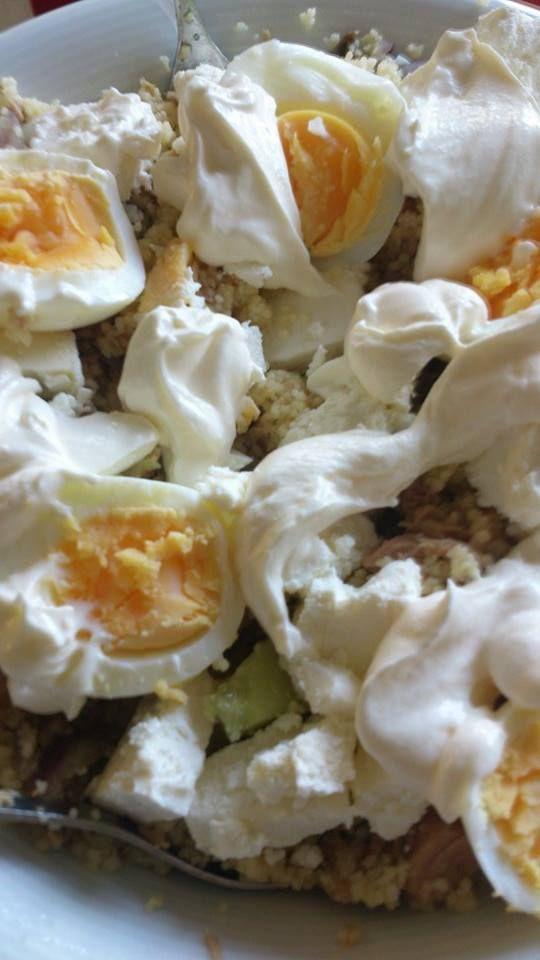 Ruokailua käsittelevä blogi joka sisältää reseptejä sekä inspiraation lähteitä.