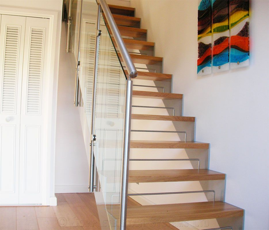 Best Bespoke Staircase Stevenage With Images Bespoke 400 x 300