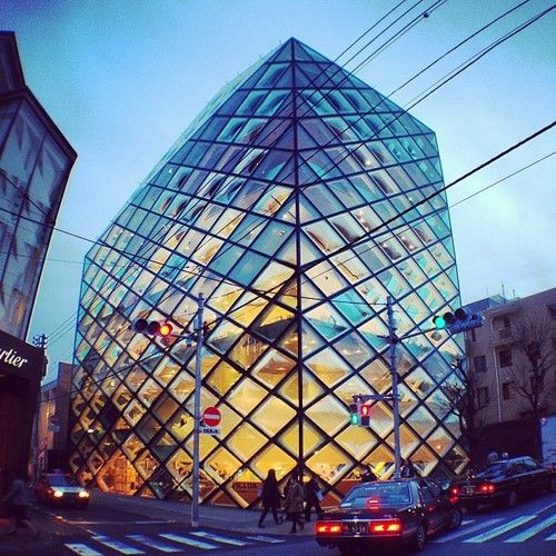 3a0a729fb89cc facade system  Prada Aoyama Store by Herzog   de Meuron  architecture   archdaily  pritzkerprize  herzogdemeuron  instagood  iphonesia  glass   tokyo  j.