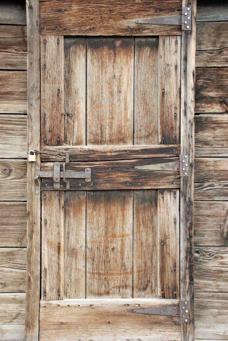 Rustic door with steel lift latch decoracion puertas ventanas y bisagras - Decapare un mobile scuro ...