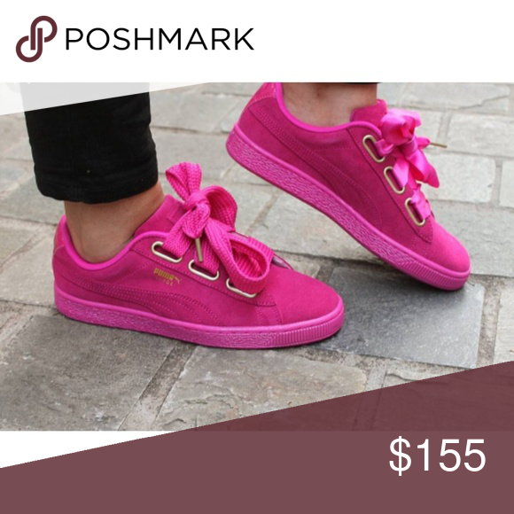 sale retailer 57b5b 05641 Authentic New with box Puma suede heart magenta Authentic ...
