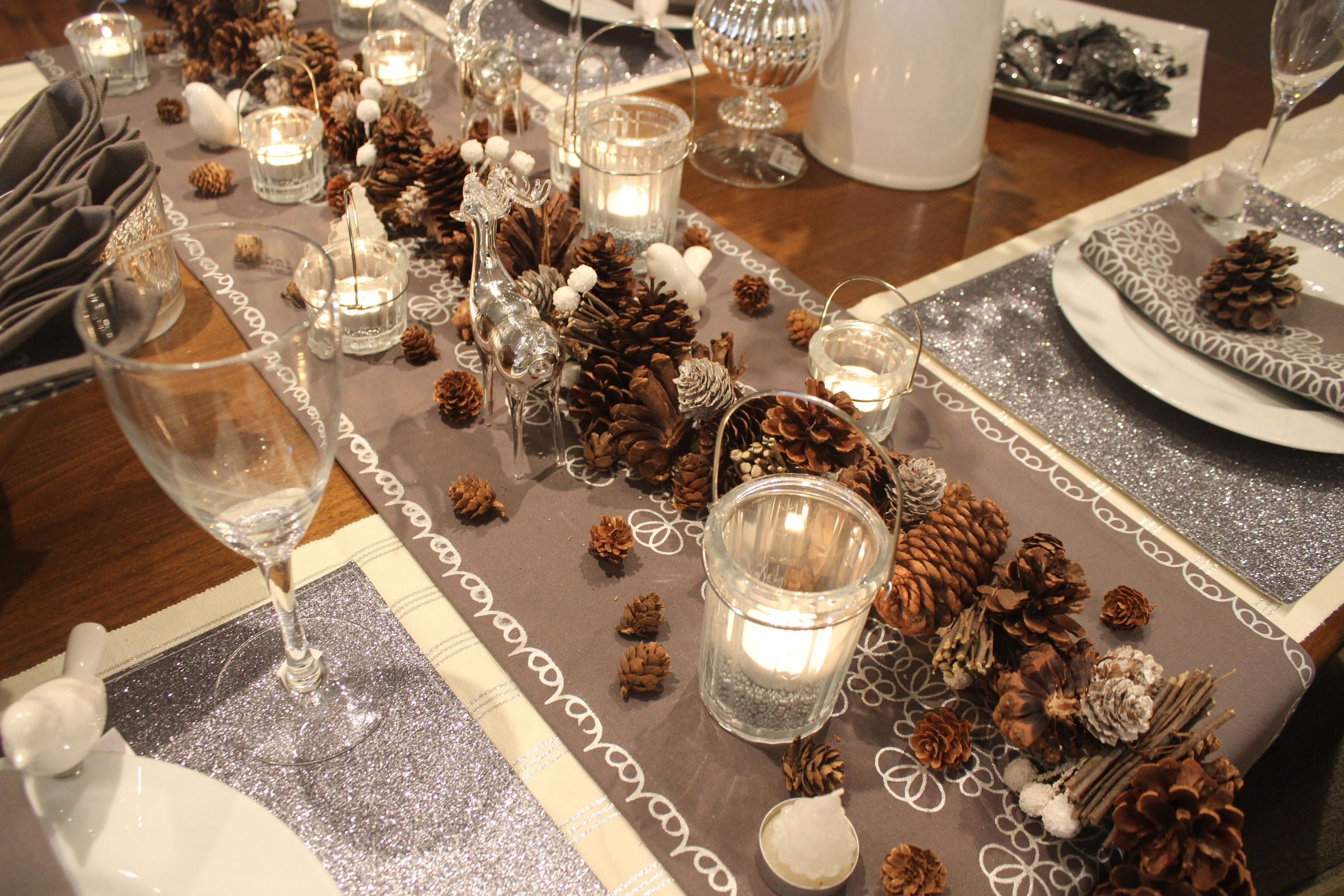 Modern Table Setting Rustic Glam Table Setting At Modern Country Interiors