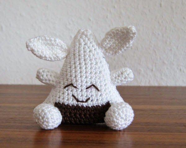 The Onigiri Rabbit - Free Amigurumi Pattern (Scroll Down) here: http://stephiskoestlichkeiten.blogspot.de/2015/01/the-onigiris.html