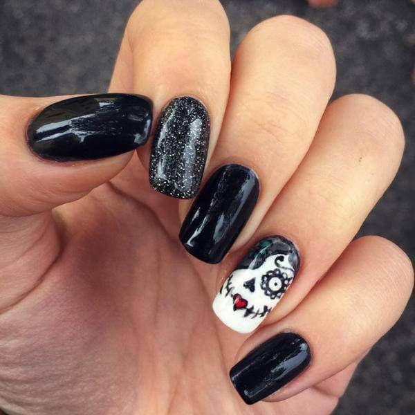 Black Sugar Skull Nails Halloween Nail Art Pinterest Sugar