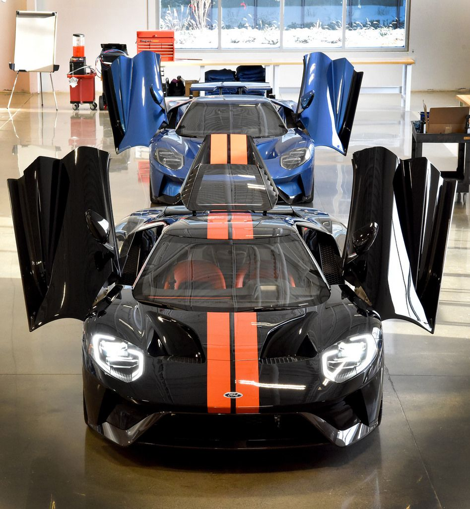 Ford Starts Deliveries Of Ford Gt Supercar With Images Ford Gt Super Cars Ford
