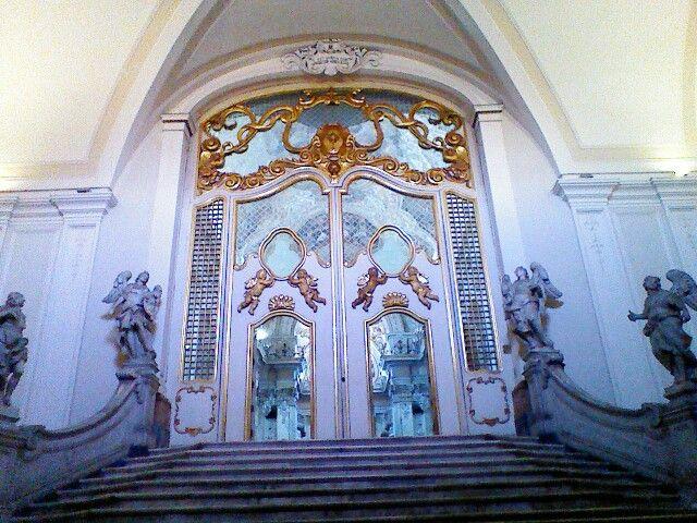 Chiesa San Benedetto-scalinata degli angeli
