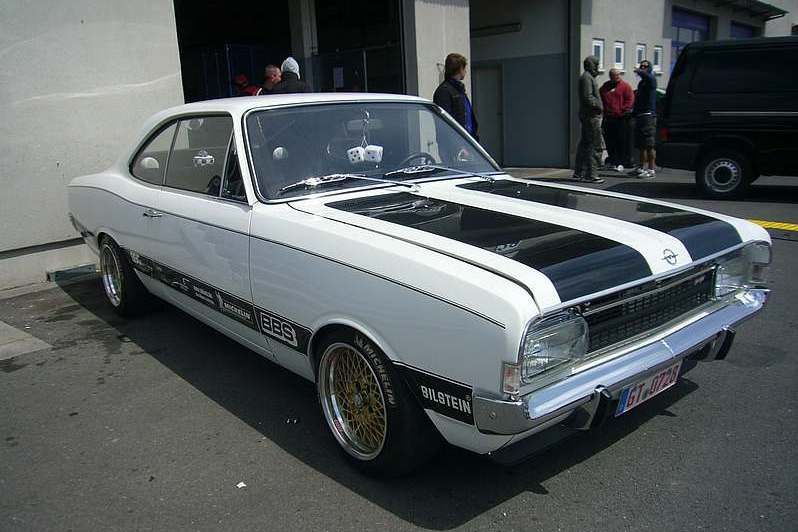 Pirelli Tuning Award Opel Rekord C Coupe Von Dirk Hattenhauer Radiocontrolcars Opel Commodore Opel Bmw Classic Cars