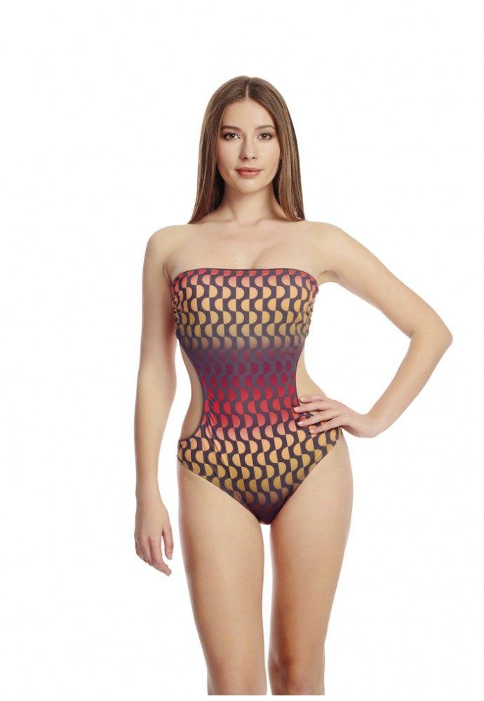 Plajda Da Sikligindan Odun Vermeyen Kadinlarin Tercihi Dagi Yeni Sezon Bikini Ve Mayolari Ile Goz Kamastiriyor Her Tarza Hitap Mayolar Bikini Bikini Modelleri