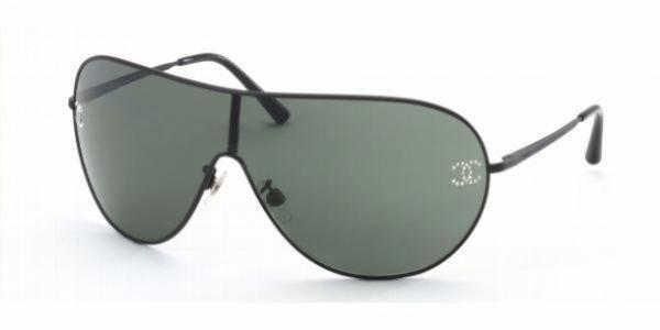 c08a567409a CHANEL Sunglasse Black New 4122B Vintage Swarovski With Case Authentic  Aviator  CHANEL