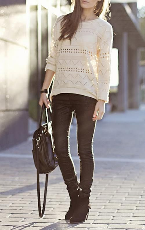 Slouchy sweater & Skinny Jeans & Ankle boots