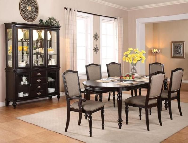 This Foley Dining Room Group Has Enough For The Whole