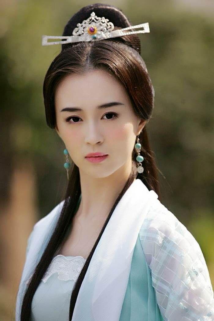 The Heaven Sword And Dragon Saber 倚天屠龍記 2009 Deng Chao An Yixuan Liu Jing He Zhuoyan Zhang Meng Ken Traditional Hairstyle Chinese Beauty Asian
