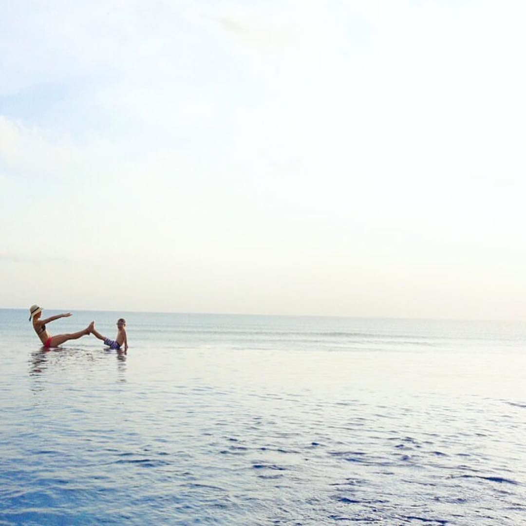 Whoo Hoo It S Thursday Exploring The Bedok Jetty On The East Coast In Singapore More Info Below Thanks For Sharing Your Jumping Photo With Pinterest