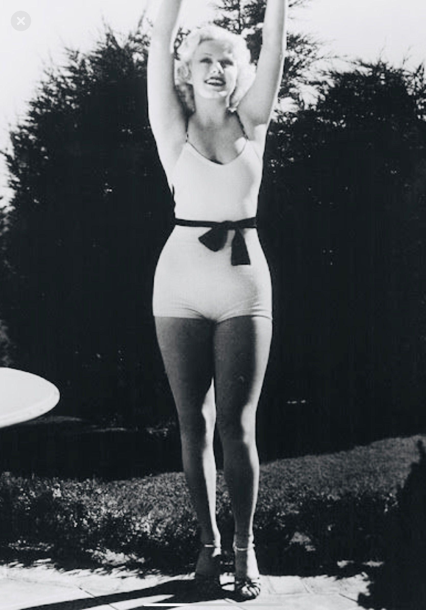 Beautiful Jean Harlow in a revealing bathing suit 😍 | Jean harlow, Vintage  swimwear, Movie stars