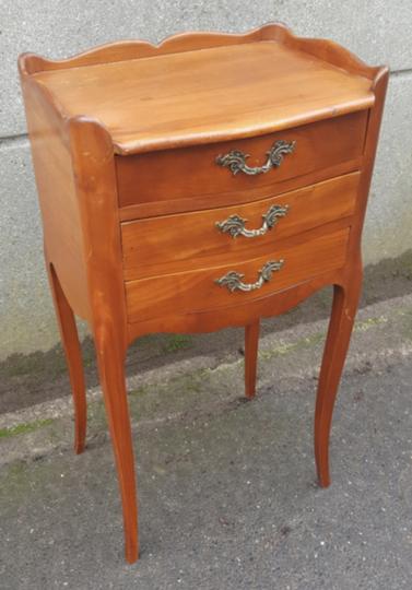 table de chevet style louis xv vintage | le bois | pinterest