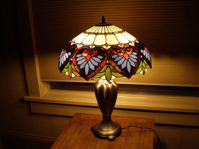 Antieke Tiffany Lampen : Tiffany lamp lamps tiffany wrought iron base