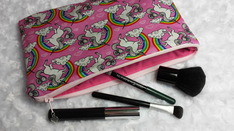 Unicorn makeup bag, cosmetic bag, Unicorns with rainbows