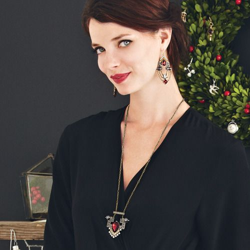 For all those January babies. I LOVE this deco inspired look. https://www.chloeandisabel.com/products/N220/deco-long-pendant-necklace?m=byvalerie