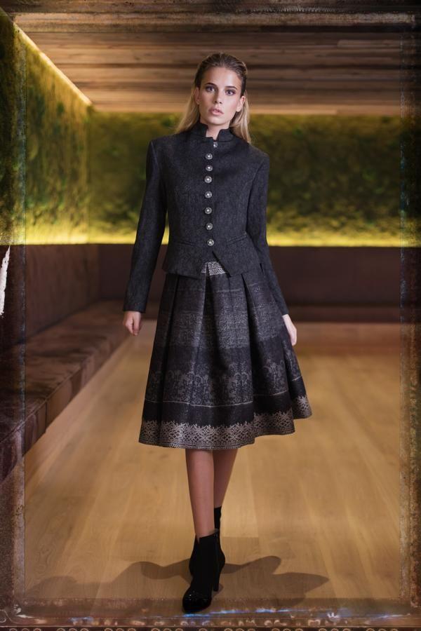 Traditionelle Dirndl Aus Munchen Und Salzburg Fashion Outfits
