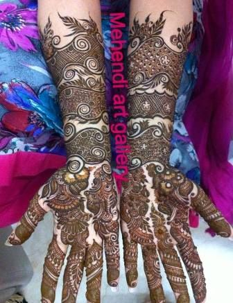 Bridal mehandi designs need mehandi specialist. So we have collected a few images of Mehandi designs. Bridal mehandi designs are complex and need practice to draw.