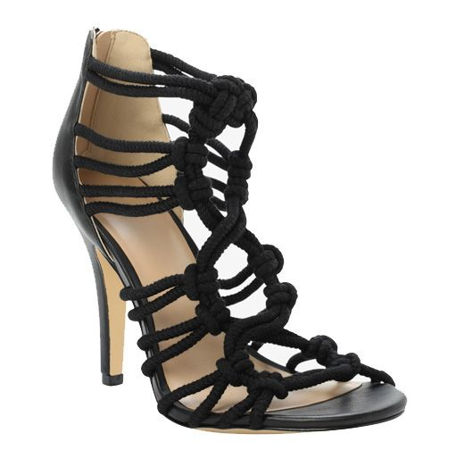 10 Sexy High-Heeled Shoes For Wide-Width Feet | Play Up Your Shape ...