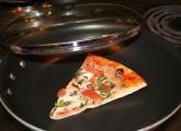 upphituð pizza
