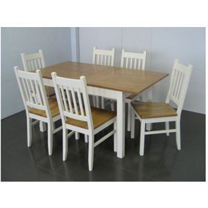 Chiltern Extending Dining table and 4 Chairs