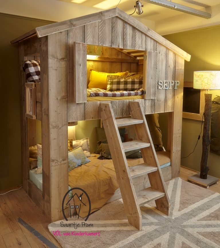 Kinderbed buurthuis de leukste kinderbedden voor de kinderkamer bij saartje prum camarotes - Nachtkastje voor loftbed ...