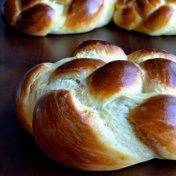 Armenian Easter Bread Rounds (Choereg) - Taste Love and Nourish