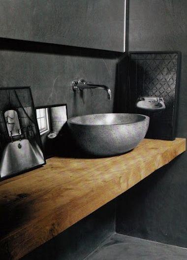 Houten badmeubel met natuurstenen waskom badkamerinspiratie via teakea badkamer donker - Badkamers bassin italiaanse design ...