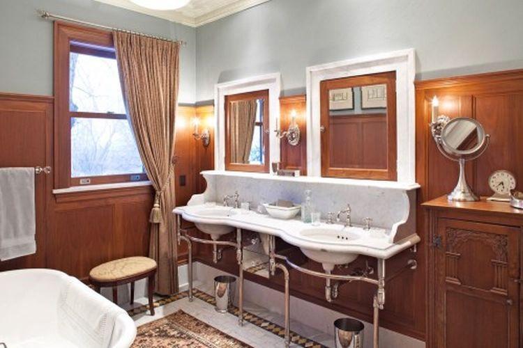 1712 Mount Curve Ave Minneapolis Mn 55403 Mls Eps 1290194654 1362179612 Zillow House Historic Bathroom Amazing Bathrooms