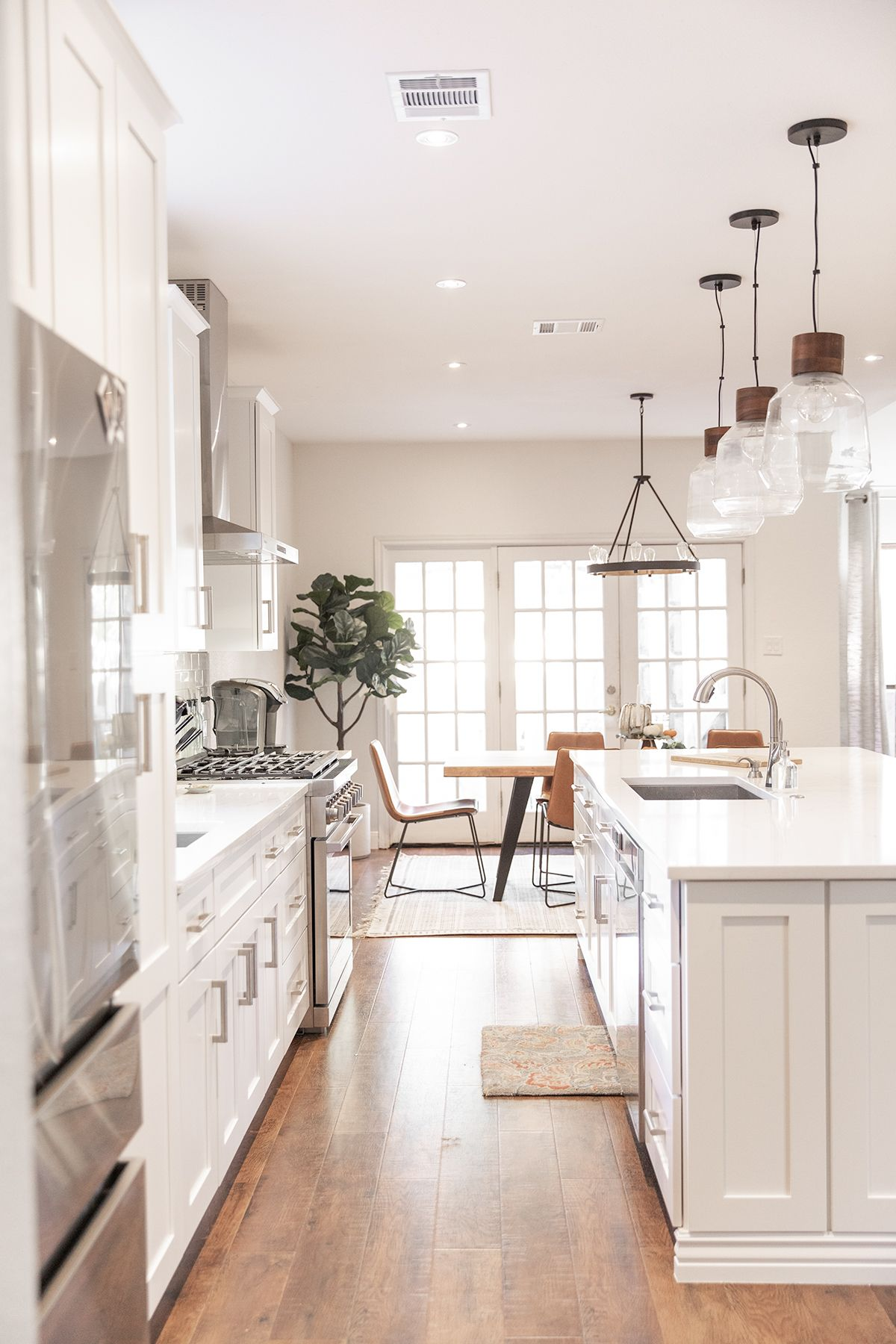Bright And Airy Kitchen Custom Kitchen Cabinets Bright Kitchens Custom Kitchens