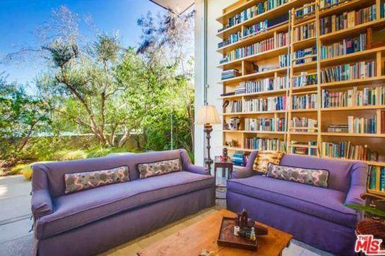 Emilia Clarke Drops $4.6M On Khaleesi-Level Home In Venice