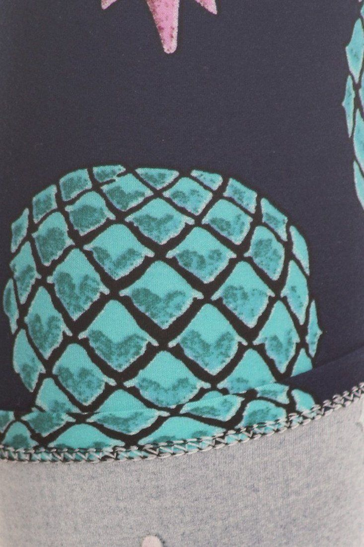 cd6be6b3926545 Dress up your outfit with this underwater pineapple print leggings. Pair it  with one of your casual tops and you are ready for another comfortable day.