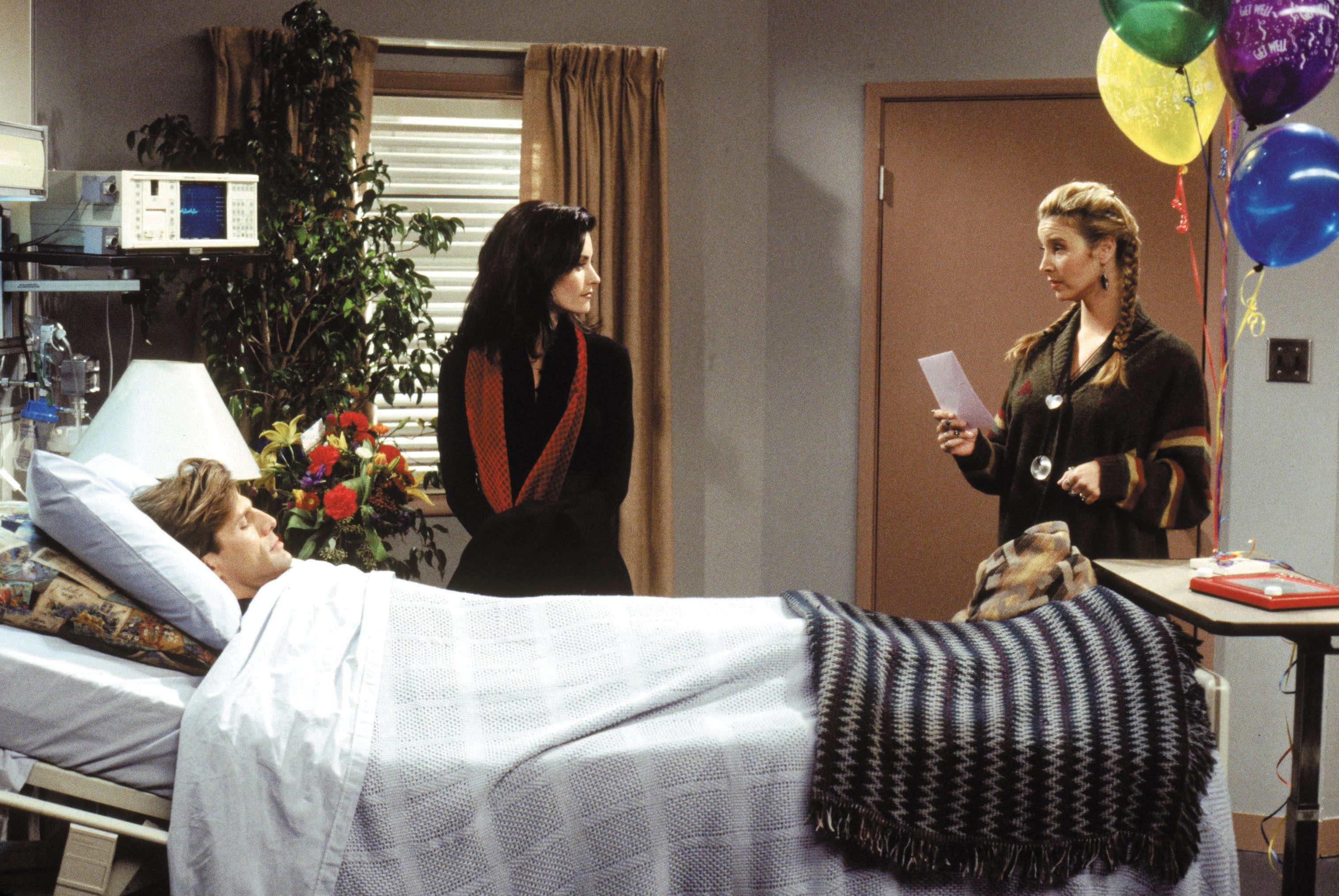 Friends ~ Episode Pics ~ Season 1, Episode 11 ~ The One With