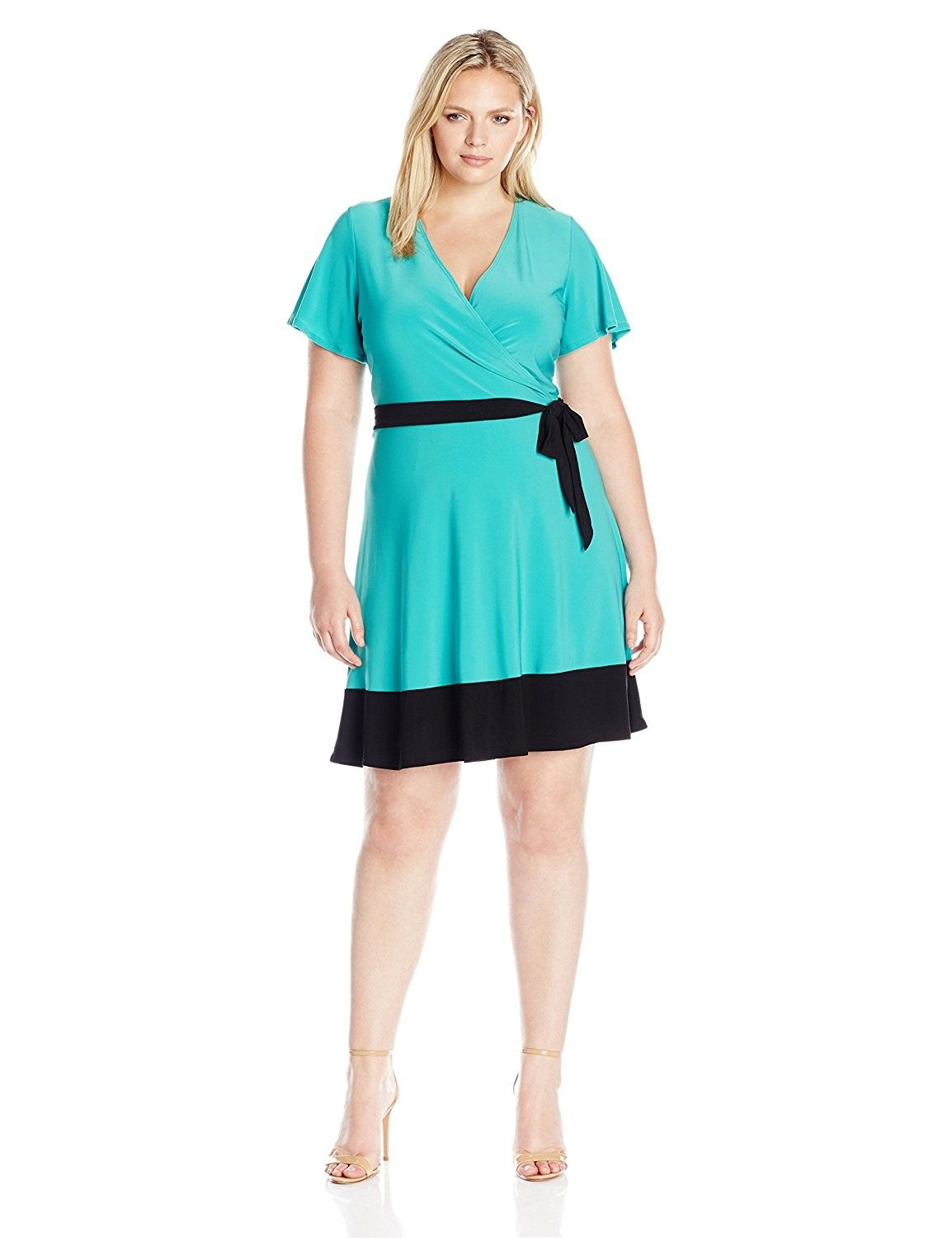 Womenus plus size sleeve surplice bodice short dress with contrast