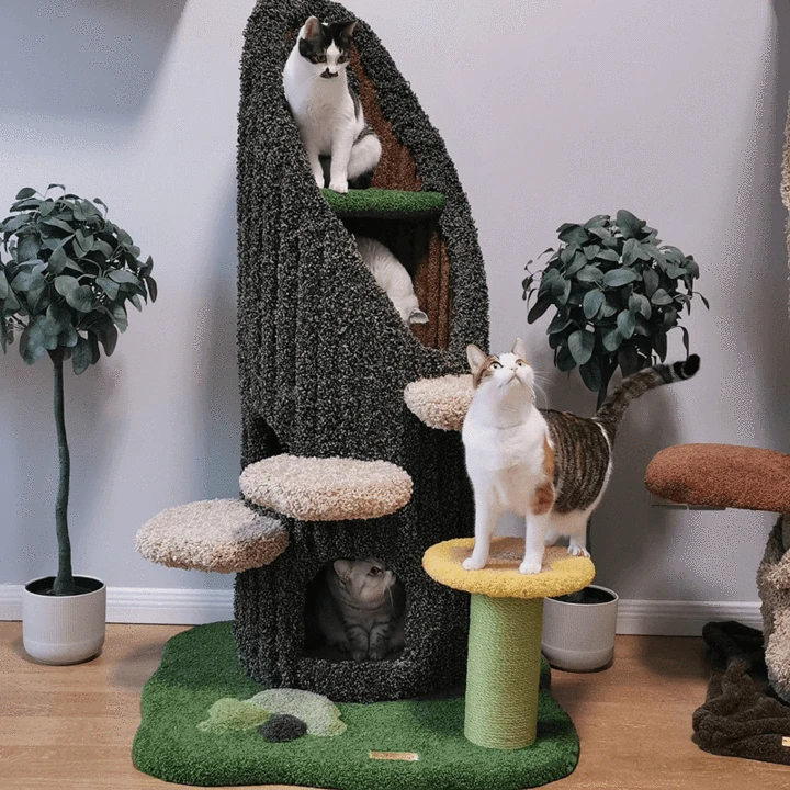 Unique trunk and grass style cat tree MeRi Could in 2020