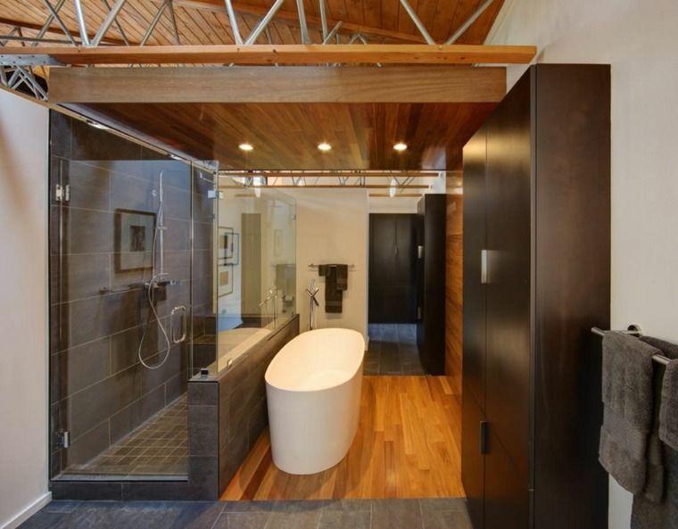 Parquet salle de bains stratifié en 24 photos inspirantes ...