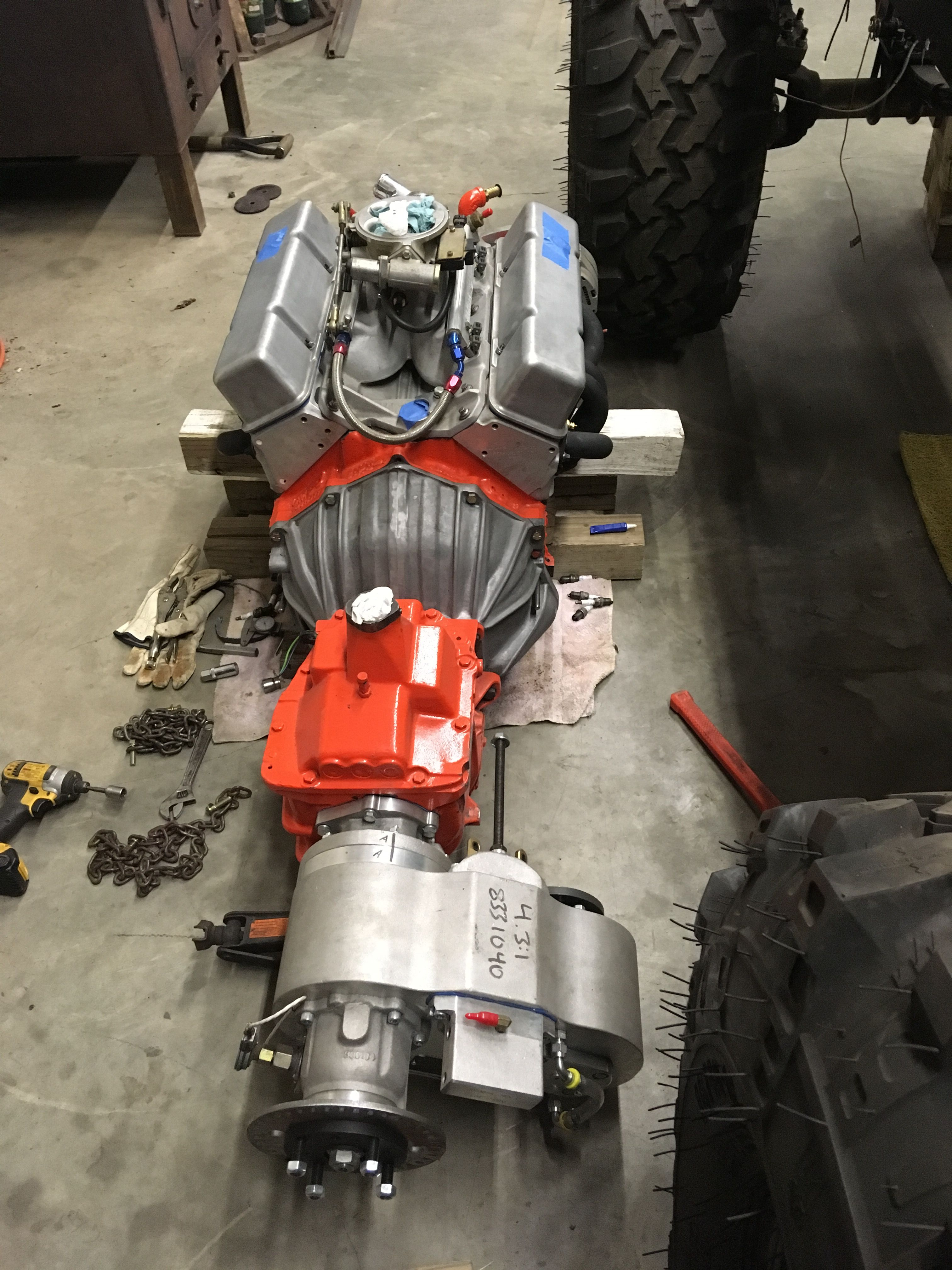 Fuel Injected Sbc V8 383 Stroker Sm465 Atlas Ii Ready To Go Between The Frame Rails Of The Old Cj7 Willys Jeep Jeep Cj7 Jeep
