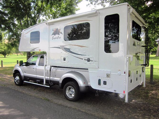 Eagle Cap Luxury Truck Camper Model 1165 Slide In Truck