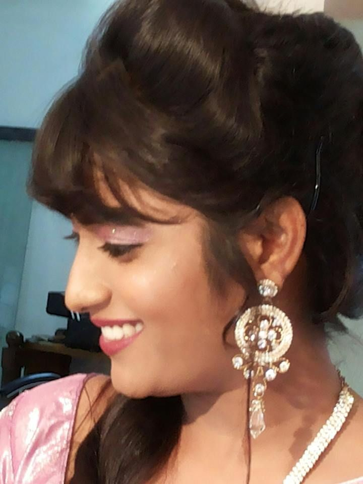 Find and explore best makeup artist sachin satfale