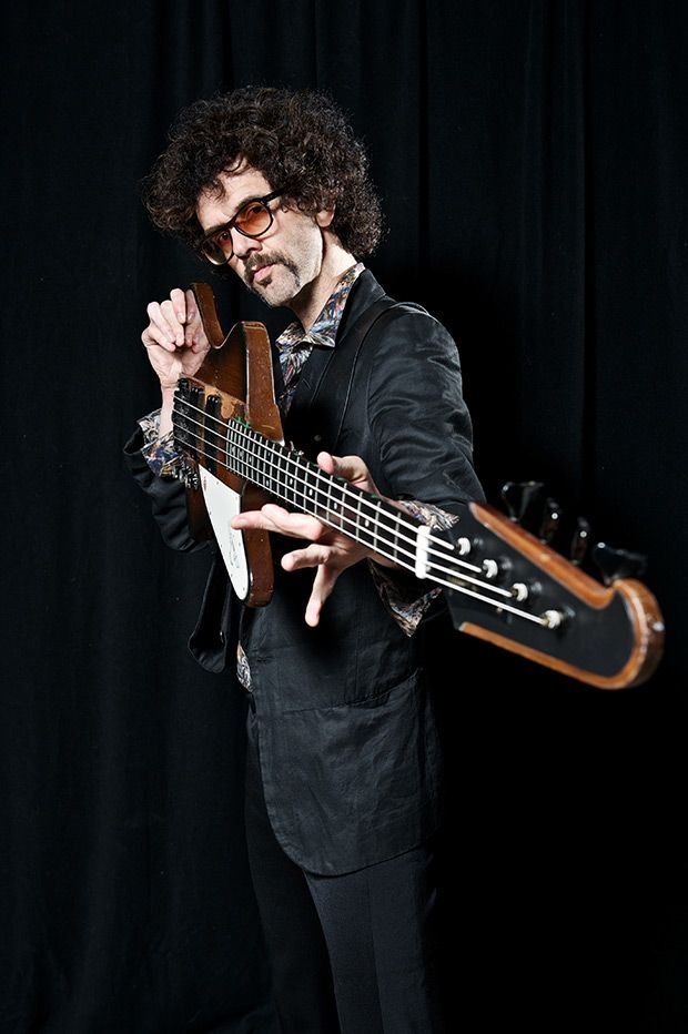 Gear Review: The Darkness Bassist Frankie Poullain on His Gibson