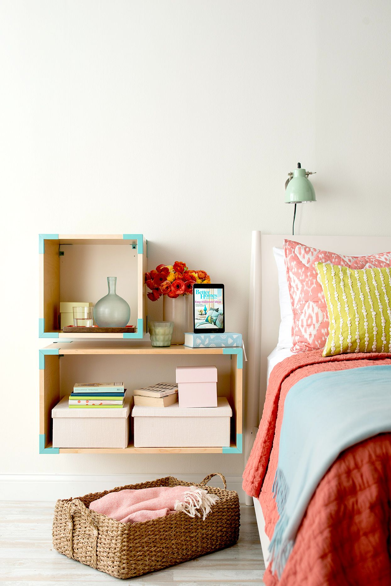 19 creative storage ideas to solve your small space on better quality sleep with better bedroom decorations id=52288