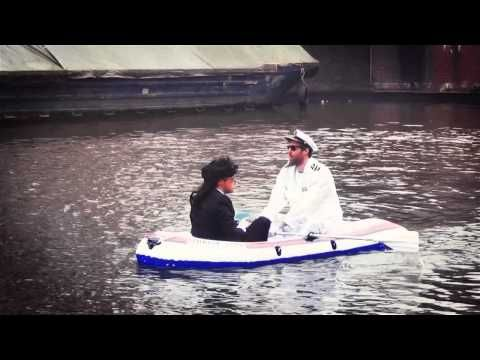 The pong boat!