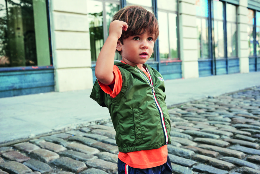 Moncler Spring/Summer 17 collection  Available on Smallable : http://en.smallable.com/moncler  Boys. Girls. Toddlers. Childrenswear. Fashion. Summer. Outfits. Clothes. Smallable