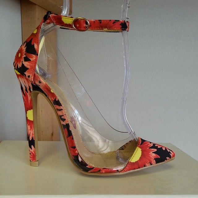 5a8190760ed Orange pointy-toe heel with clear lucite trim  cutesyoriginals