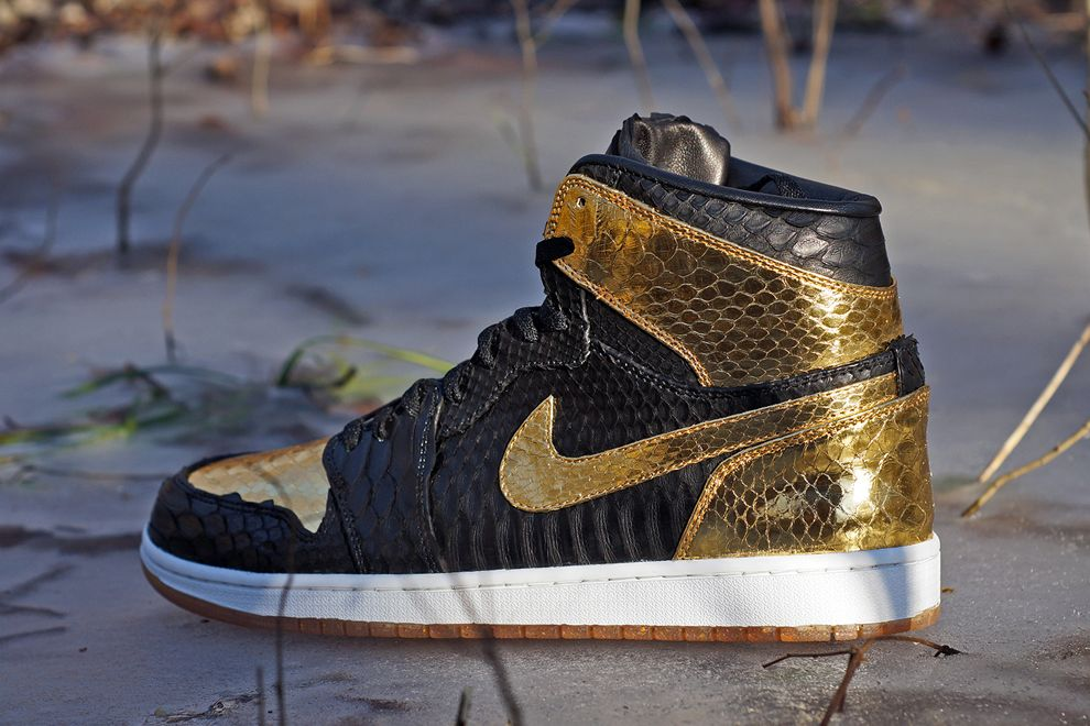 """Black & Gold†Air Jordan 1 Retro Custom by JBF - EU Kicks: Sneaker  Magazine"