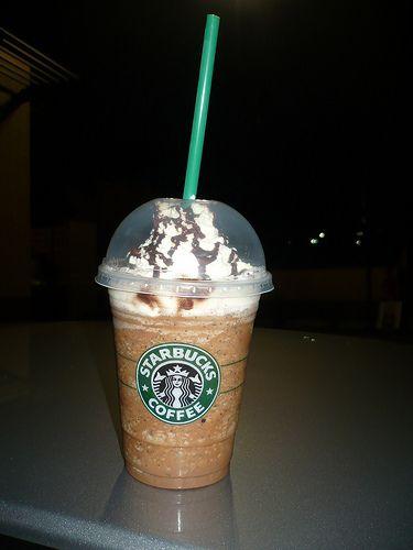 Make A Starbucks Java Chip Frappuccino Starbucks Java Chip