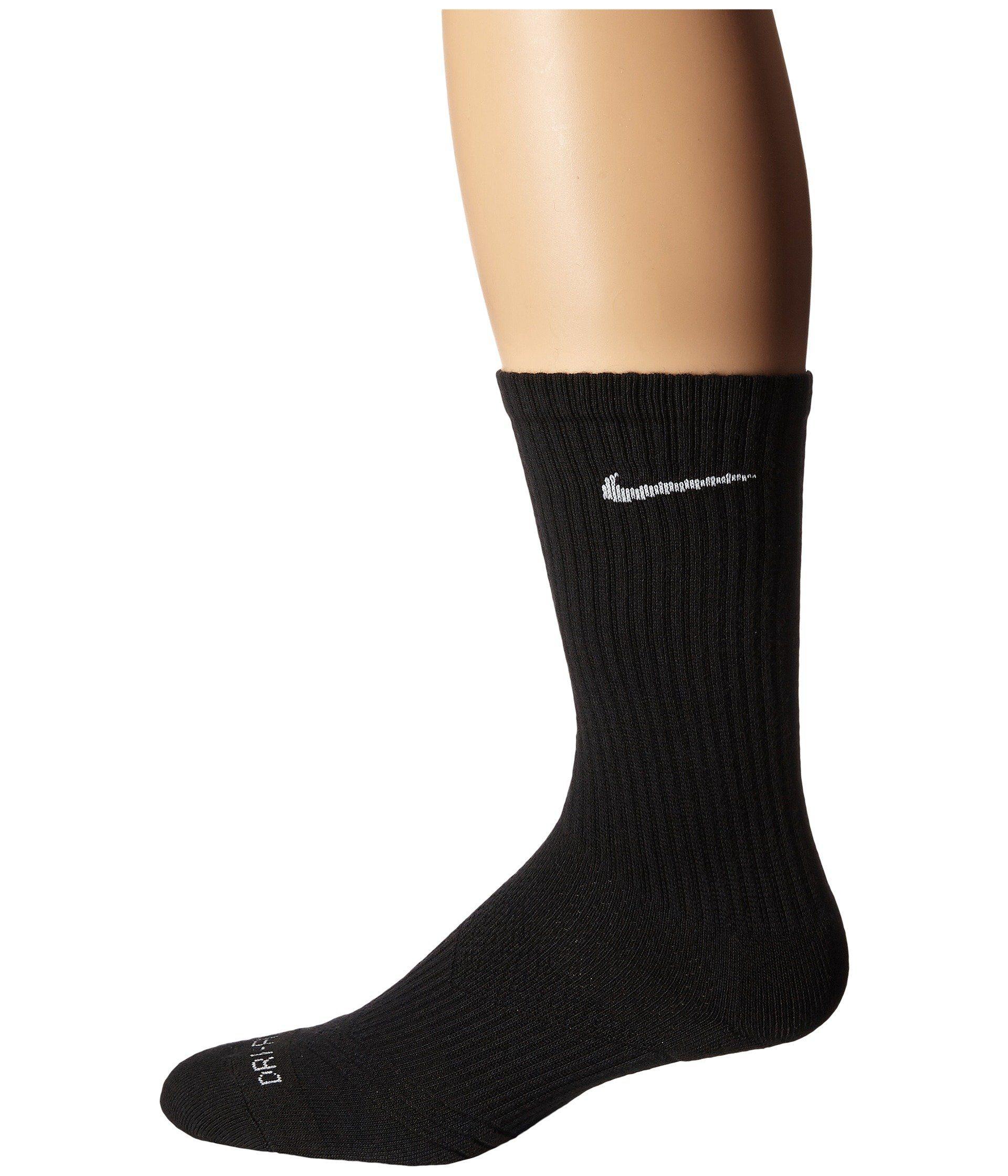 07e4bb061240d Nike Women's Dri-Fit Cushion Crew 3-Pair Pack at Amazon Women's ...