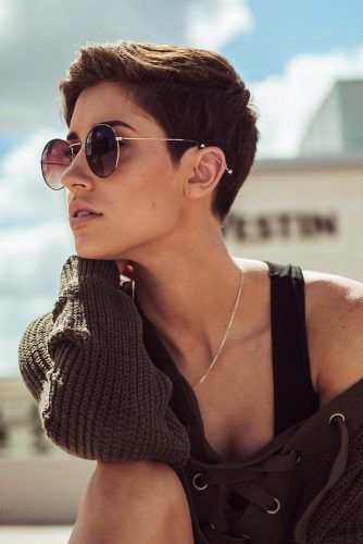 Short Hairstyles for Fine Hair: Make Volume Stay F